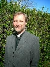 Håkan Sunnlidens blog Sedan 15 år tillbaka är jag anställd som komminister i Värnamo pastorat där jag förutom gudstjänster och kyrkliga handlingar ägnar tid åt Bibelförklaringar och framväxande gemenskaper. De 20 år jag levt med Cellkyrkan som modell finns sammanfattade i boke